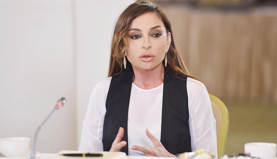 Первая леди обратилась к армянским матерям